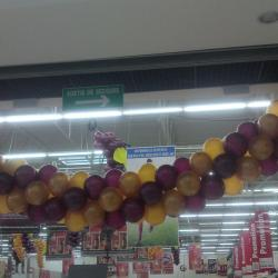 Arche réalisée en ballons pour magasin