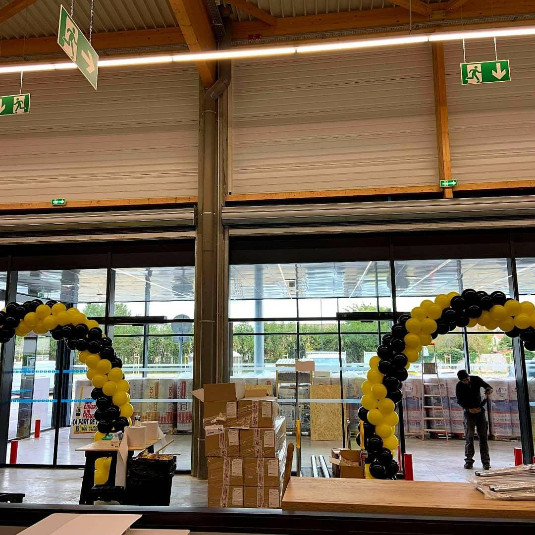 Déco arche Ouverture magasin Arles