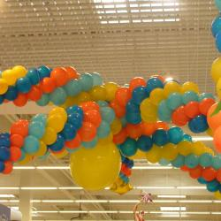 Décor en  Ballon Anniversaire galerie marchande Leclerc