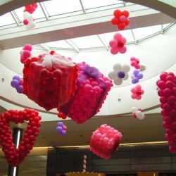Déco de ballon galerie marchande