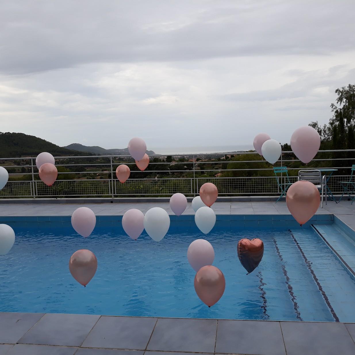 Hélium ballon piscine
