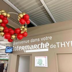 Ballon en décoration entrée Magasin