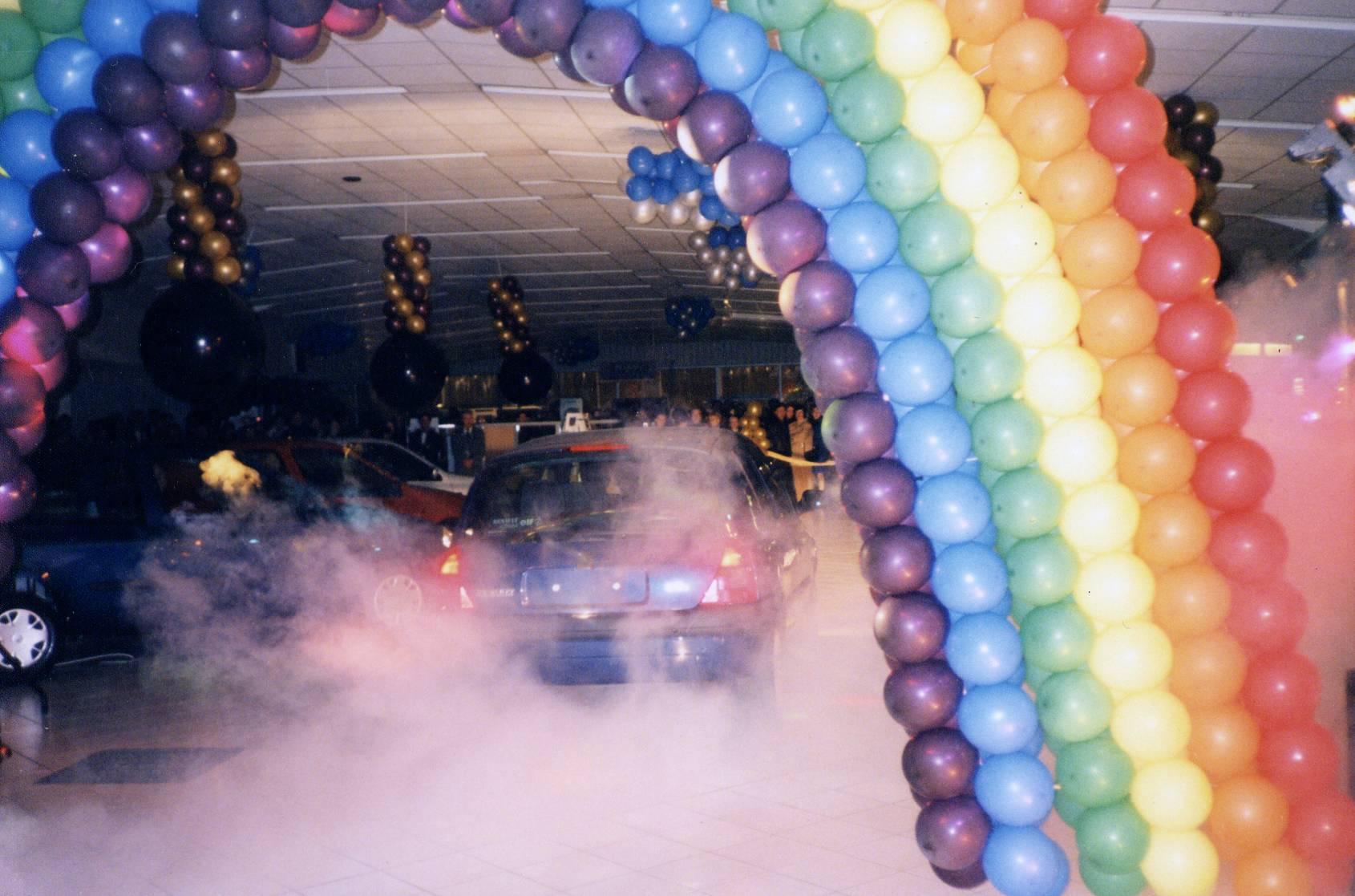 Décoration Ballons : Lancement Clio 2 Renault
