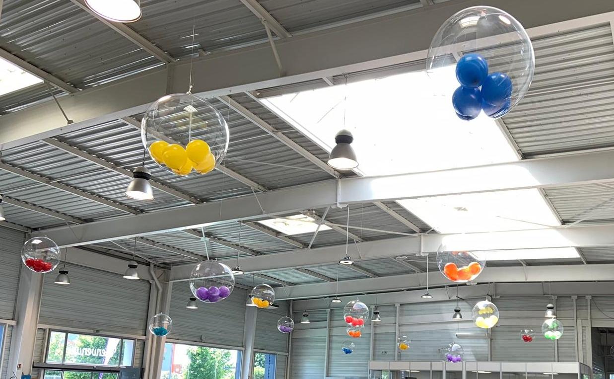 Gros ballon transparent Garage Peugeot