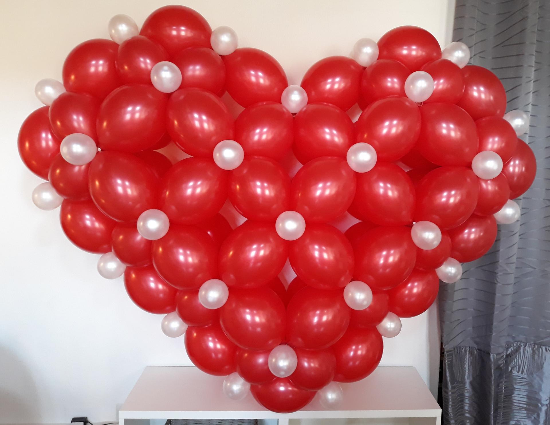coeur ballon rouge