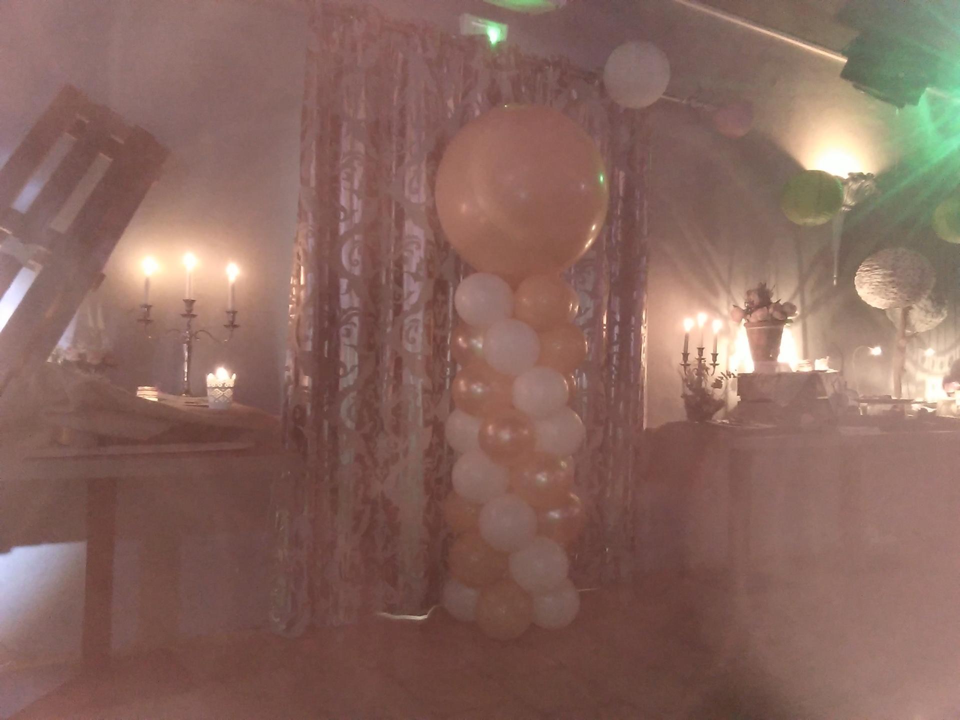 Salon du Mariage - colonne avec gros ballon