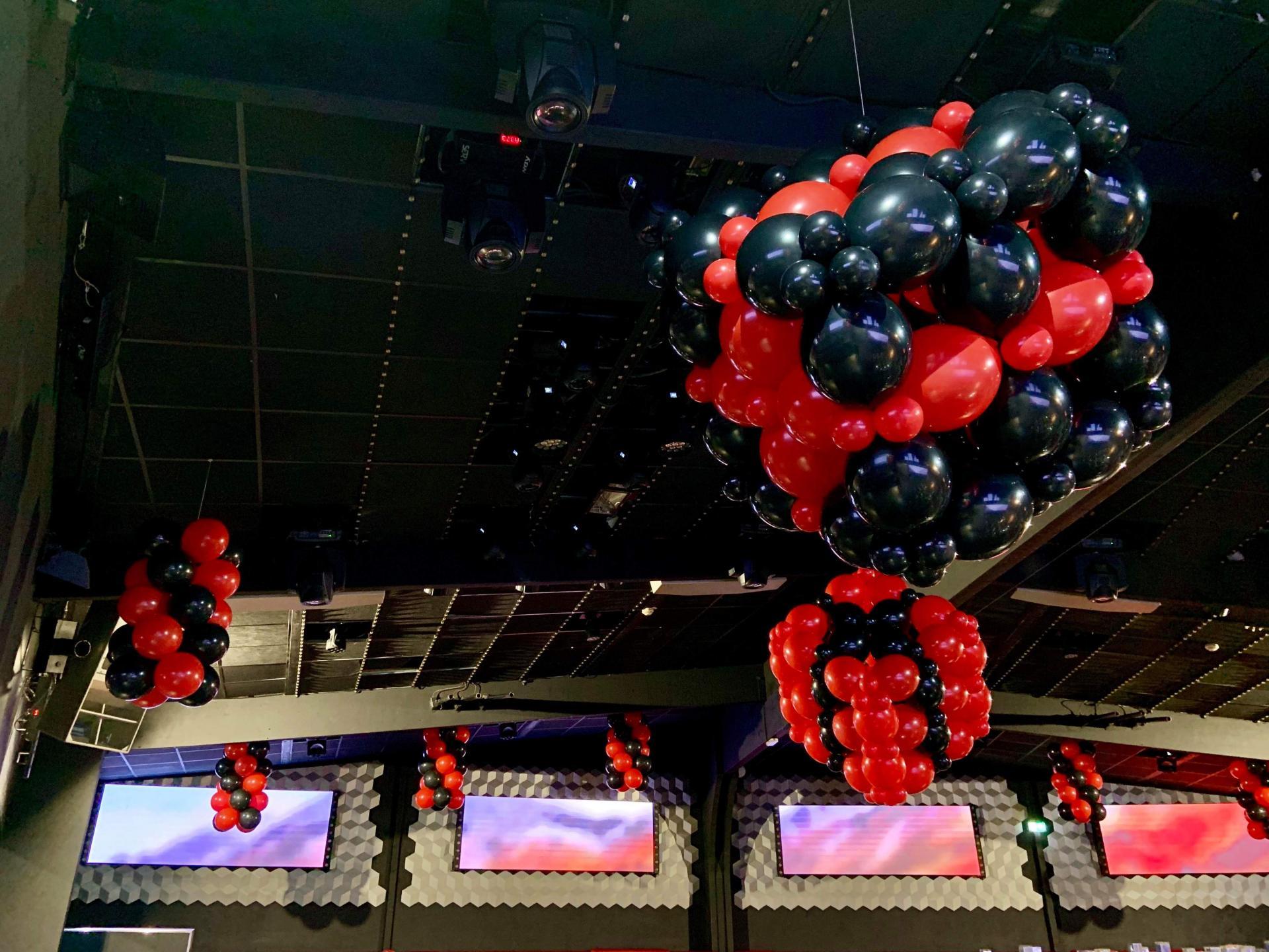 Noir & Rouge pour Soirée Clubbing